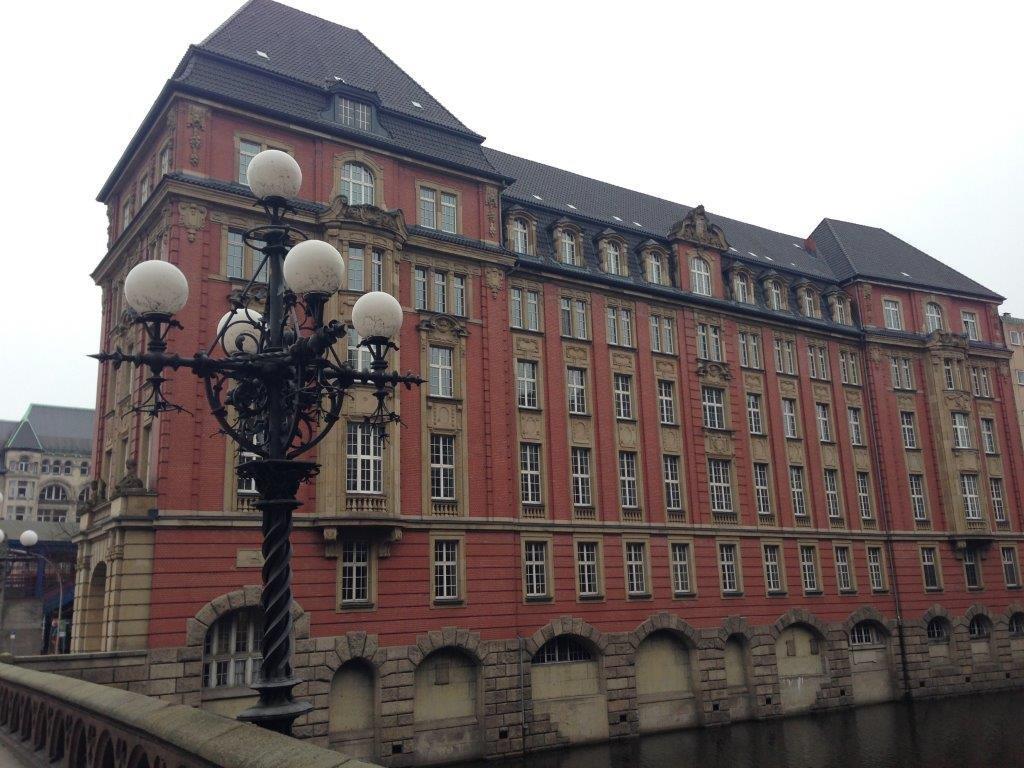 Verkauf der Hotelentwicklung der ehemaligen Oberfinanzdirektion Hamburg